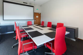 Executive Conference Room 31