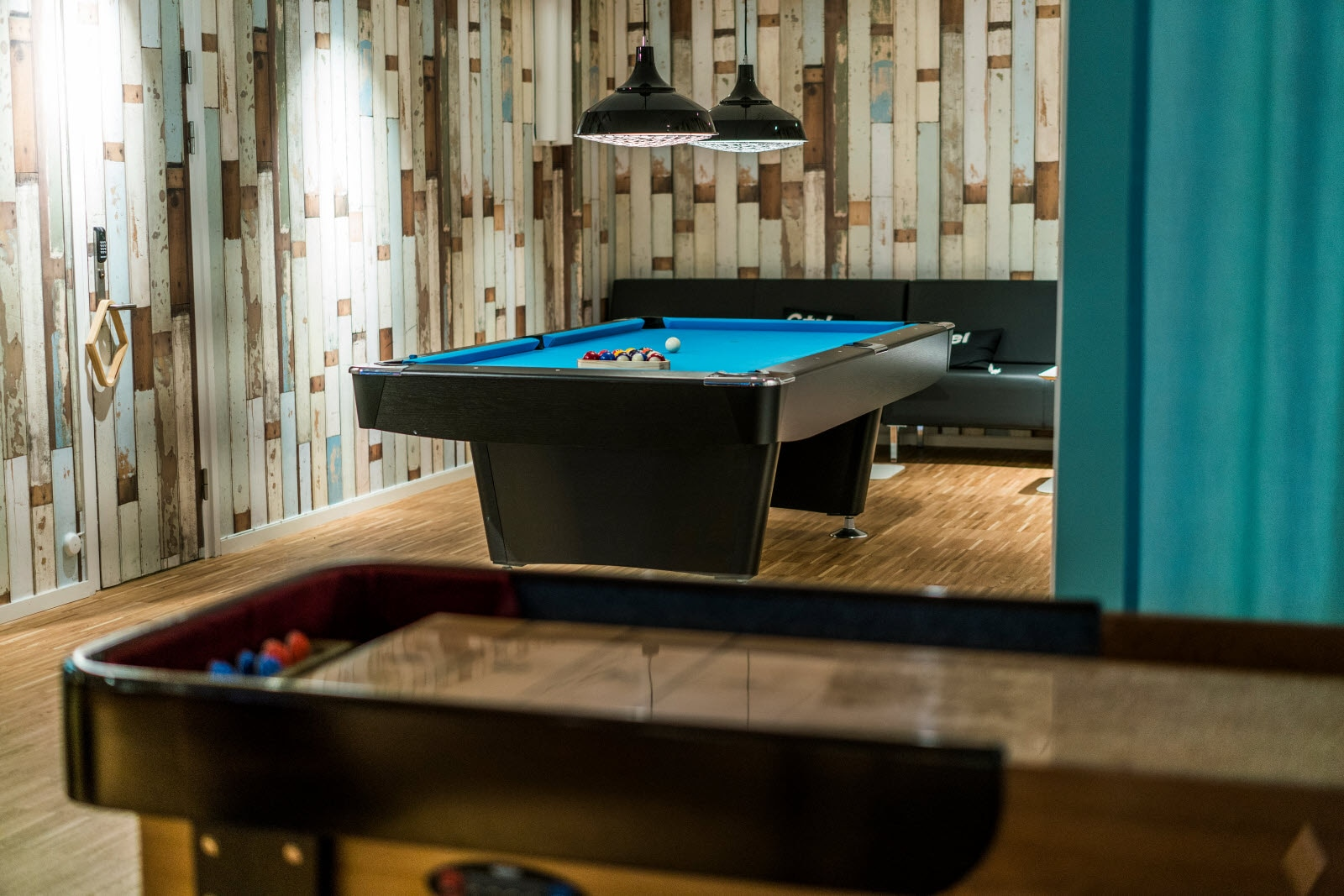 Scandic_Kista_pool_table.jpg