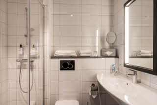 Bathroom in Room Standard Twin