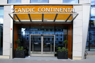 Entrance to Scandic Continental