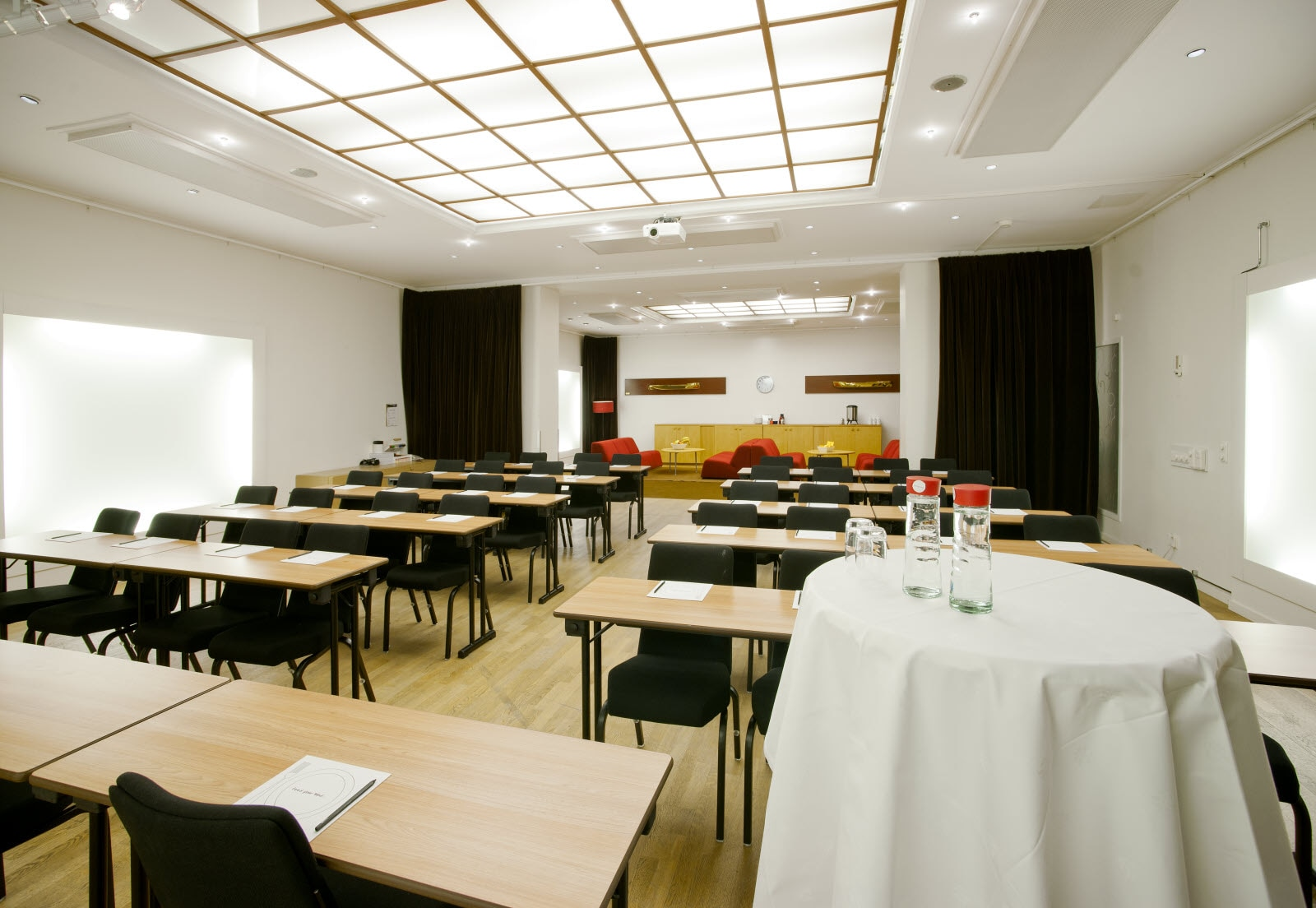 conference, meeting, Park Lounge, classroom, speakers table